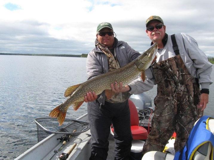 saskatchewan-fly-in-fishing-crl2018-12