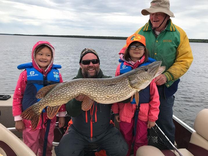 saskatchewan-fly-in-fishing-crl2018-22