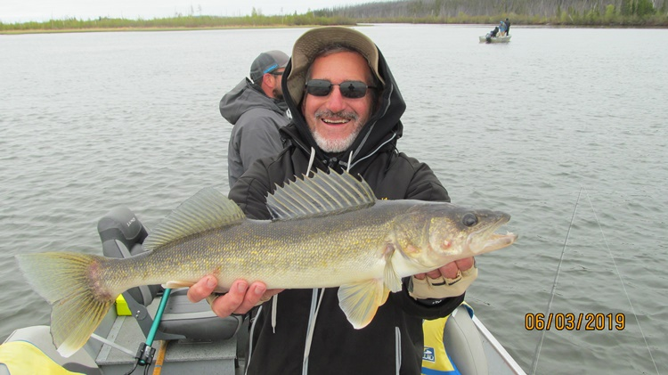 walleye-fishing-saskatchewan-crl-2019-26